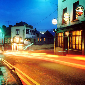 The famous Irish pubs at night