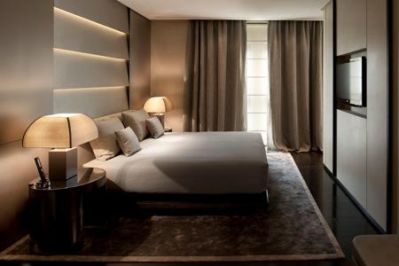 Armani hotel milano milan italy classic travel for Hotel armani milano
