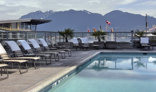 Fairmont Waterfront - Photo #9