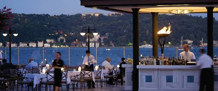 Four Seasons Istanbul at Bosphorus - Photo #2