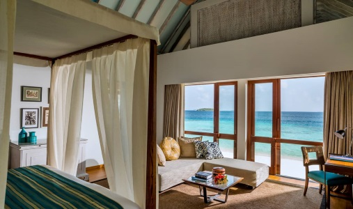Four Seasons Maldives at Landaa Giraavaru - Photo #5