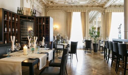 Kempinski grand hotel des bains st moritz switzerland for Restaurant grand hotel des bains