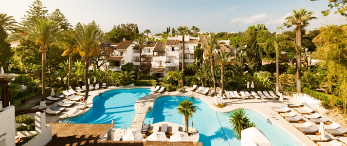 Puente romano beach resort marbella spain classic travel - Hotels in madrid spain with swimming pool ...