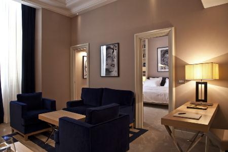 The First Luxury Art Hotel Roma - Photo #11