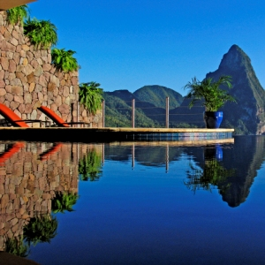 Jade Mountain - Photo #3